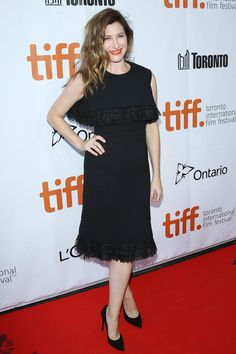 """Kathryn Hahn on the red carpet at the """"This Is Where I Leave You"""" premiere - TIFF Fashion"""
