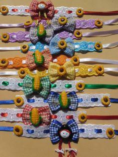 Flower Hair Clips, Flowers In Hair, Ribbon Hair Bows, Bandana, Pet Shop, Rapunzel, Wreaths, Pets, Crafts