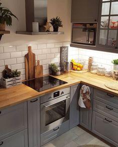 Minimalist Furniture, Classic Furniture, Home Furniture, Bedroom Furniture, Barbie Furniture, Furniture Legs, Garden Furniture, Furniture Design, Kitchen Decorating