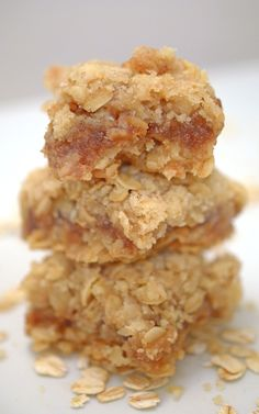 Oatmeal & Apple Butter Bars: Put Your Forgotten Pantry Items to Good Use! – Community Table