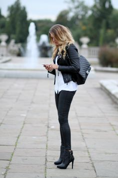 Follow me on Instagram, @mungoanna              Details:        http://www.rantapallo.fi/mungolife/2013/11/28/park/  Fashion, Chanel, Zara, black and white