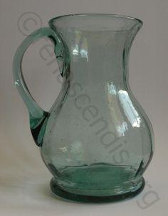 Cănceu, prima jumătate a secolului al XIX-lea, sticlă manufacturieră, Porumbacu de Sus, judeţul Sibiu, H:10,7 cm; Dg:6 cm; Db:6 cm