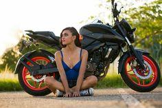 La Zebrita en su sesión. Pulsar 200 NS... #moto, #Vivetabasco, #bikers Pulsar 200, Ns 200, Bike Pic, Stunts, Motorbikes, Dragon Ball, Biker, Motorcycles, Photography