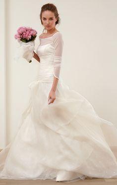 Goth Wedding Dresses, Modest Wedding Gowns, Wedding Dress Cake, Stunning Wedding Dresses, Country Wedding Dresses, Boho Wedding Dress, Beautiful Gowns, Wedding Bride, Bridal Dresses