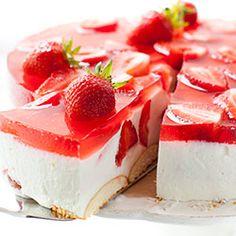 Sernik na zimno z truskawkami | Kwestia Smaku