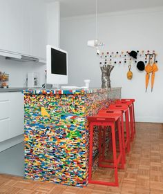 Roughly five years ago Parisian designer, Simon Pillard (fashion house JC de Castlebajac) put in a day and 500 Legos worth of work into building a Lego legged chair. Description from r4architecture.com. I searched for this on bing.com/images