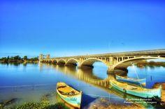 Ponte Barão de Mauá Esta ponte sobre o Rio Jaguarão entre Brasil e Uruguai foi construída entre 1927 e 1930 em conseqüência de um tratado firmado em 1918 entre os dois países. A ponte se situa... Leia mais http://preview.is/16GpIiw #URY