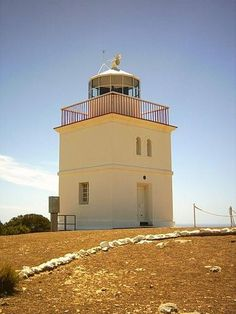 Cape Borda Lighthouse was built in 1858 and is the third oldest remaining and only square stone lighthouse in South Australia. The Lighthouse was built to guide ships travelling along the Roaring Forties trade route heading into the Investigator Strait t South Australia, Australia Travel, Lighthouse Lighting, Nautical Marine, Le Cap, Kangaroo Island, Travel Route, Beacon Of Light, Interesting Buildings