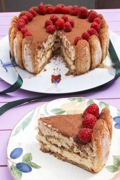 Portuguese Desserts, Portuguese Recipes, Cupcakes, Cupcake Cakes, Easy Cake Recipes, Sweet Recipes, Candy Cakes, Ice Cream Cookies, Tiramisu Cake