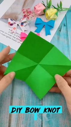 Cool Paper Crafts, Paper Flowers Craft, Paper Crafts Origami, Diy Crafts Hacks, Oragami, Diy Crafts For Gifts, Diy Arts And Crafts, Origami Paper, Easy Crafts