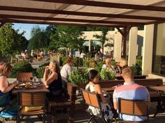 Des Moines restaurants boast plenty of patios for outdoor dining. Use this list to help guide you to places where you can eat and drink al fresco. Patio Dining, Outdoor Dining, Outdoor Decor, Iowa, Windsor Heights, Cottage Grove, Restaurant Patio, Buy Photos, Al Fresco Dining