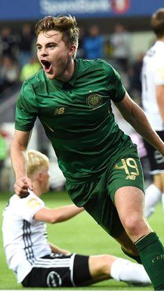 British Football, Celtic Fc, Football Kits, Glasgow, Cute Guys, Irish, Legends, Recipies, Paradise