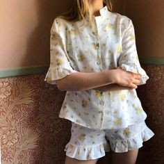Linen Lounge Suit in Mimosa Cotton Sleepwear, Sleepwear Women, Pajamas Women, Lingerie Sleepwear, Nightwear, Cute Pajama Sets, Cute Pajamas, Pajama Outfits, Warm Outfits
