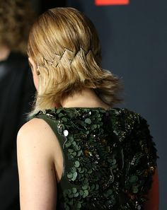A unique way to wear bobby pins thanks to Kate Mara.