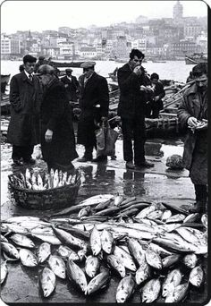 Eminonu 1954 Ara Guler