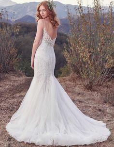 Sexy fishtial mermaid wedding dress | Roslyn by Maggie Sottero Available at Raffaele Ciuca Bridal MELBOURNE . AUSTRALIA