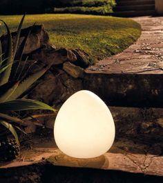 Comprar Lámpara Flotante de LED para piscinas #jardin #jardines #iluminacion #decoracion #led #interiorismo #lamparas