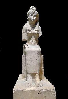 La déesse Rattaouy, épouse du dieu Montou à Médamoud Louvre