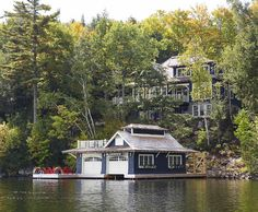 #Muskoka #Cottage....great site for beautiful homes