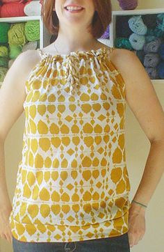 Anthropologie style keyhole pillowcase top..full tutorial. This is not made from a pillowcase. You will be amazed when you see the Anthro top and then this one. This lady did a fantastic job. You'd be hard pressed to know which was the designer and which was handmade.