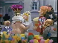 THE EMPEROR'S NEW CLOTHES RARE RANKIN BASS Oh I am six again.... :)