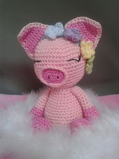 Crochet Animals, Crochet Toys, Knit Crochet, Cute Piggies, Baby Pigs, Cute Stuffed Animals, Piglets, Yarns, Bunt