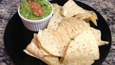 Make and share this Moe's Southwest Grill Copycat Guacamole recipe from Genius Kitchen. Guacamole Dip, Avocado Dip, Avocado Recipes, Low Calorie Dinners, Low Calorie Recipes, Gringo Dip Recipe, Copycat Recipes, Gourmet Recipes, Cinco De Mayo