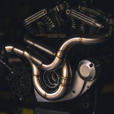 Harley Davidson Exhaust, Harley Davidson Motorcycles, Custom Motorcycles, Custom Bikes, Cars And Motorcycles, Motorcycle Exhaust, Motorcycle Design, Bike Design, Motorcycle Gear