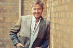Ricardo Montaner. Foto: Prensa. I Feel Good, Single Breasted, My Music, Suit Jacket, Jackets, Plaza, Style, Tv, Fashion