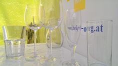 Gläser günstig mieten bei www.help-org.at Flute, Champagne, Tableware, Organization, Event Management, Dinnerware, Flute Instrument, Dishes, Flutes