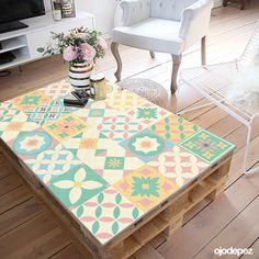 Lace Painted Furniture, Refurbished Furniture, Farmhouse Furniture, Diy Furniture, Rolling Shelves, Diy End Tables, Outdoor Coffee Tables, Diy Cabinets, Modern Kitchen Design