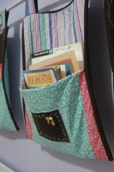 Detalhe porta livros
