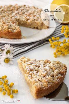 Sbriciolata con crema al limone Vegan Foods, Vegan Recipes, Sweet Recipes, Cake Recipes, Vegan Cake, Biscotti, Creme, Banana Bread, Cupcake Cakes