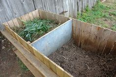 In our increasingly sterile and antibiotic-filled world, it is easy to forget the importance of microorganisms and the process of decomposition to soil quality. The picture book Rotten Pumpkin: A R… Outdoor Landscaping, Front Yard Landscaping, Outdoor Gardens, Landscaping Ideas, Dog Proof Fence, Farmhouse Garden, Low Maintenance Garden, Peonies Garden, Gardens