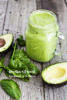Fresh Green Smoothie Is Healthy, Fun And Nutritious! Avocado Smoothie, Smoothie Legume, Smoothie Fruit, Green Smoothie Cleanse, Smoothie Drinks, Healthy Green Smoothies, Green Smoothie Recipes, Healthy Drinks, Vegan Recipes
