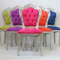 Laluxe eetstoel Rosa, antiek zilver, blauw - Stoel zonder armleuning - Stoelen – Francine: thuis in design; love the chairs in green, or any shade of blue Funky Furniture, Painted Furniture, Furniture Vintage, Unique Furniture, Colored Dining Chairs, White Chairs, Rainbow Wedding, Take A Seat, Color Pop