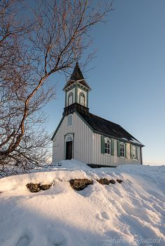 Church Quotes, Old Churches, God Loves Me, Kirchen, Barns, Beautiful Places, Lisa, Around The Worlds, Cabin