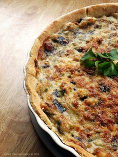 Taste of Italia: Tarta cu vinete si parmezan [*lacto-vegetarian] - Menta & Rozmarin Raw Vegan Recipes, Tart Recipes, New Recipes, Vegetarian Recipes, English Food, Parmesan, Ale, Stuffed Peppers, Cooking