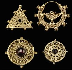 Iran |  Four gold filigree jewellery elements |  11th century and later.