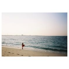 JUMERIAH BEACH // . . . #olympustrip #olympustrip35 #filmisnotdead #35mm #35mmfilm #ishootfilm #lomography #lomo #portra #kodakportra160 #kodak #dubai