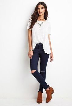 Distressed Clean-Wash Skinny Jeans | Forever 21 - 2000173536