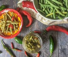 Spicy Pickled Green Beans - a delicious refrigerator pickle that is a healthy, low carb snack! Spicy Pickled Beans, Pickled Green Beans, Refrigerator Pickles, Tasty, Yummy Food, Salads, Low Carb, Keto, Pickling
