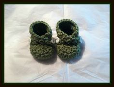 Handmade Green Cotton Criss Cross Baby Booties Handmade Crochet Newborn by HaldaneCreations on Etsy