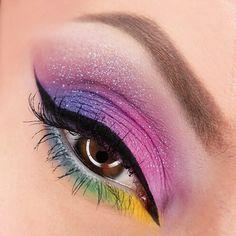 "Polubienia: 73, komentarze: 8 – Efreet Celenheim (@celenheim) na Instagramie: "" #mua #glittermakeup #glitter #makijaz #makeupblogger #rainbow #colorfulmakeup #colorful…"""