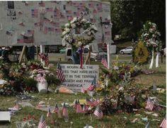 9 11 2001 Pentagon | Impromptu memorial near the Navy Annex. Patriots Day, World Trade, Annex, Pentagon, Table Decorations, Navy, Home Decor, Hale Navy, Decoration Home