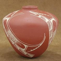"""Super Nice Pot!! Manuel Olivas is one of the best potters of Mata Ortiz he's featured in the book """"The Story of Casas Grandes Pottery"""" by Rick Cahill! $277.00"""