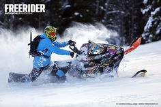 Olle Olsson shredding pow with his Lynx Boondocker 3900. Photo by Hans Wardell, Freerider Snowmobile Magazine.