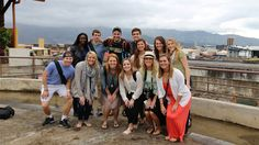 Vanderbilt students to visit #Cuba for Soles4Souls https://cubaholidays.co.uk/news/113849/vanderbilt-students-to-visit-cuba-for-soles4souls Ten Vanderbilt students travelled to Cuba and spent the week volunteering to help out with Nashville-based charity Soles4Souls...