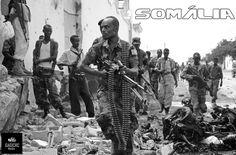 """15 pessoas incluindo 4 estrangeiros, foram mortas num ataque por parte da milícia islamista Al-Shabab contra a ONU em Mogadíscio, Somália. O ataque durou mais de 1 horas, no qual se verificou um ataque de um bombista suicida. O ataque foi postado no twitter pelo grupo terrorista, onde frases como """"força satânica do mal"""", foram proferidas para descrever a ONU. As forças de segurança asseguram que a situação está controlada e dominada."""