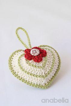 crochet heart sachet, with chart